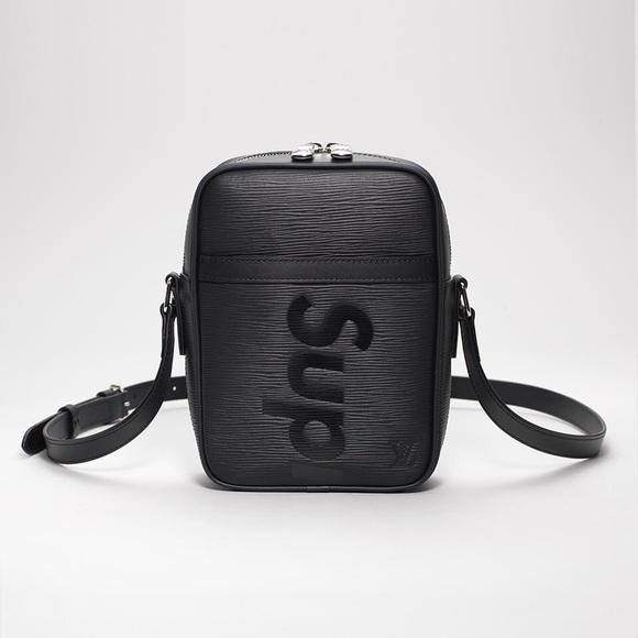 Supreme X Louis Vuitton Danube Pm M 5a5997cccaab445b97d37dd6